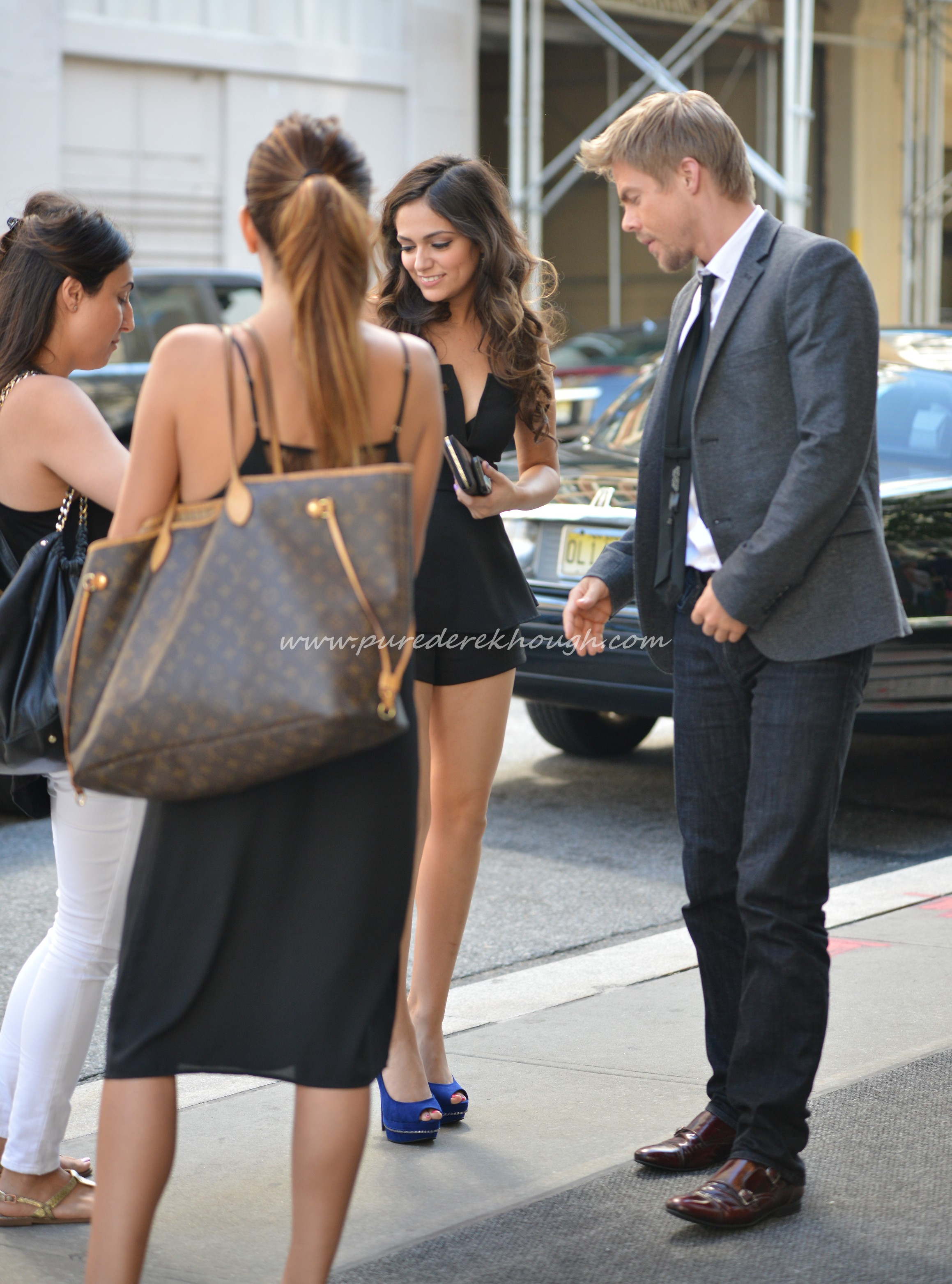 Who is Derek Hough dating?