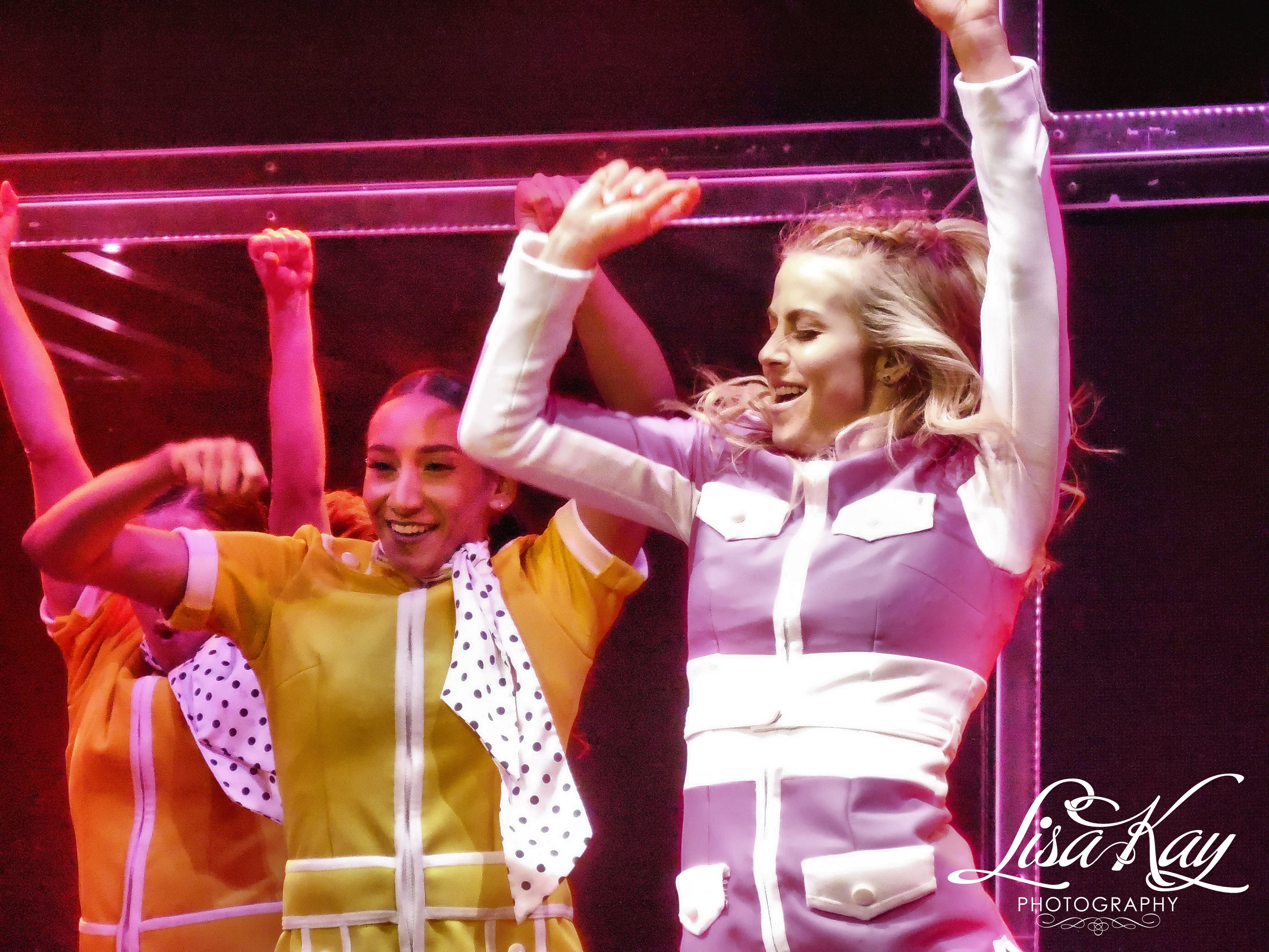 Derek And Julianne Hough Tour  Review