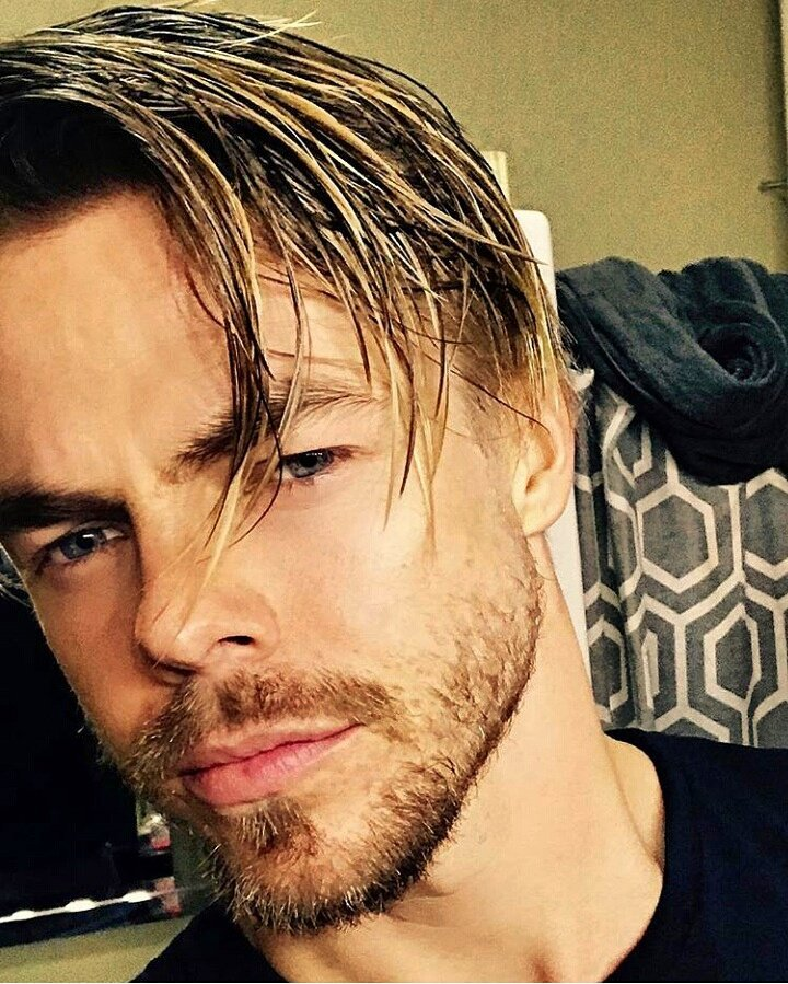 Derek Hough: The Week In Twitter – July 30, 2017